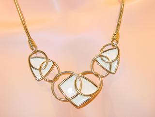 Kmmichellesvintagejewelery